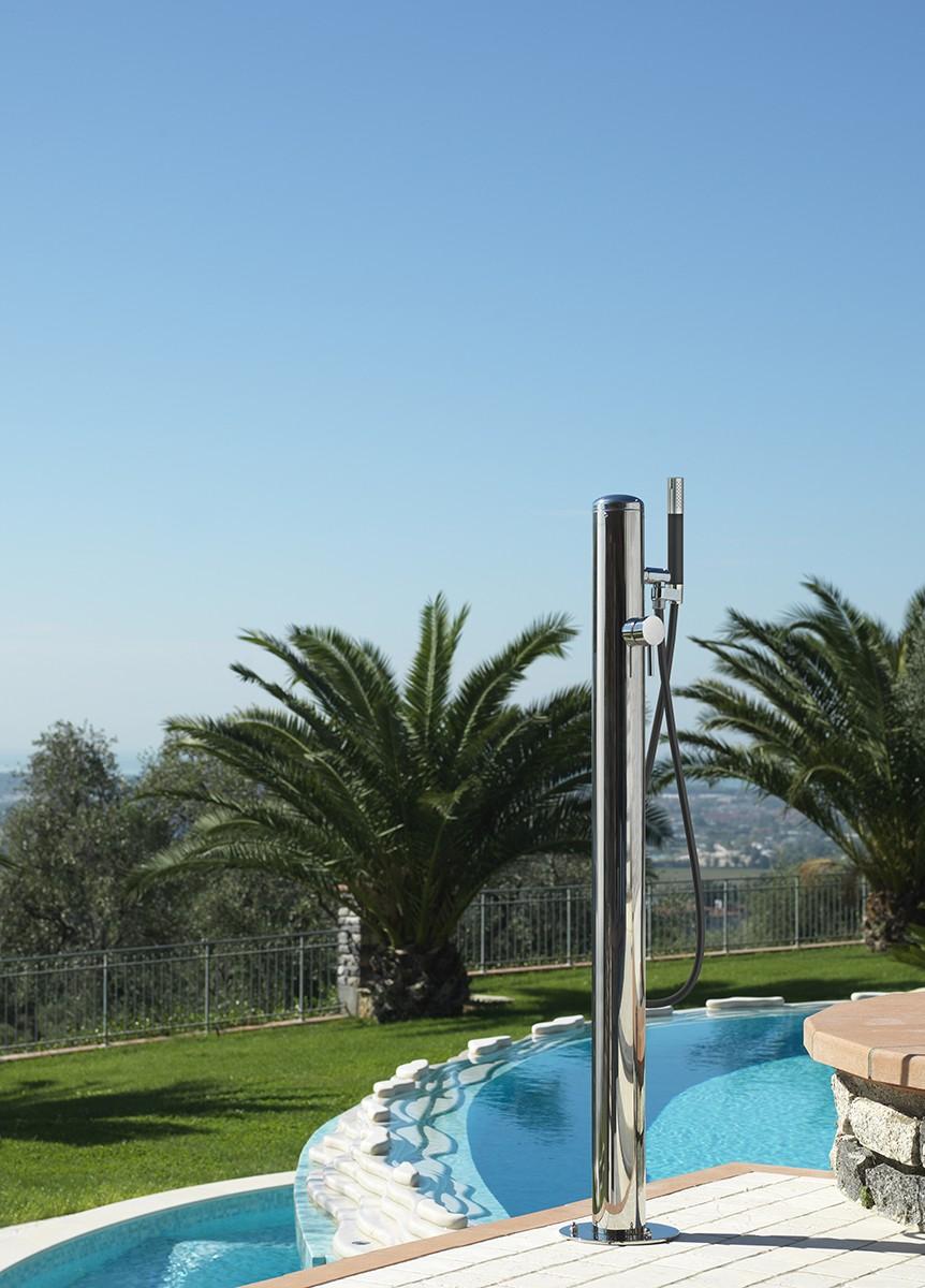 Au endusche gartendusche in v4a spring fontealta for Gartendusche mit warmwasser